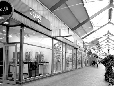 We have two Outlet store, one in Bridgend Designer Outlet and the other in Cheshire Oaks Designer Outlet